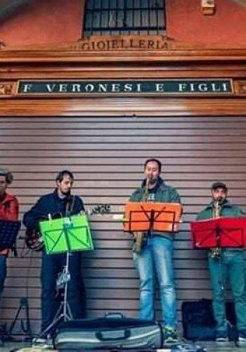NaturArte Trekking Urbano| lungo il percorso tappe musicali dei Banda Rei